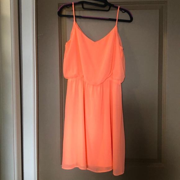 Gianni Bini Dresses & Skirts - Gianni Bini pastel orange dress